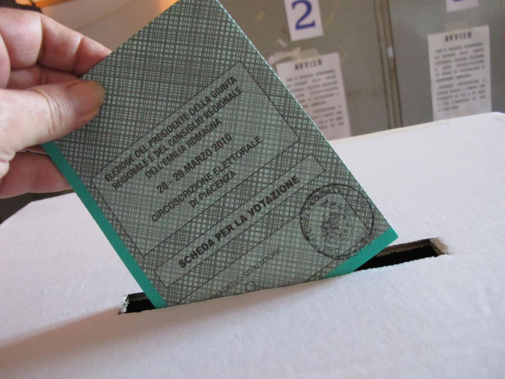Sondaggi Comunali a Napoli: focus elezioni 2016